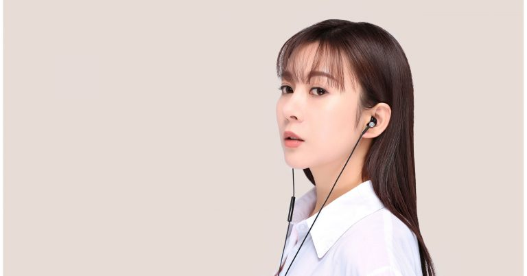 mi half in ear earphones